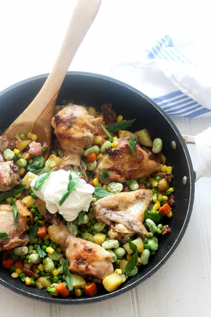 One-Pan Spring Chicken & Vegetables | Raising Sugar Free Kids - a delicious, cheap, easy & healthy weeknight dinner perfect for busy families. Low carb, high in flavour and vegetables and all made in one pot!