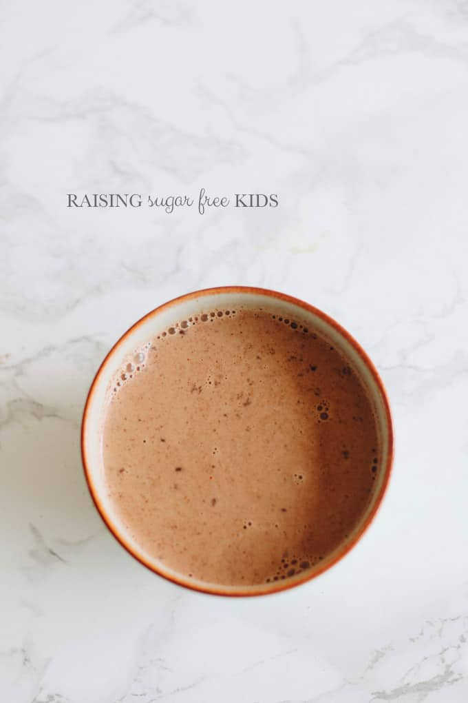 Low Sugar Winter Spiced Hot Chocolate | Raising Sugar Free Kids - a delicious warming drink in every sense of the word! Perfect for Halloween, Bonfire Night, or just a treat on a cool evening, this hot chocolate has a delicate kick and tastes amazing, but is low in sugar! :)