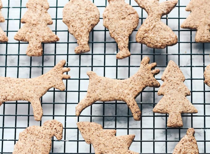 Sugar Free Speculoos Biscuits (Spiced Christmas Cookies)
